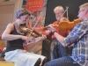 Erika, Jonny och Björn i fint samspel - Folkmusikcafé 23 sept